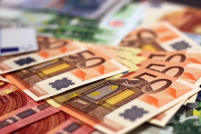 money-1005477_640 (1)